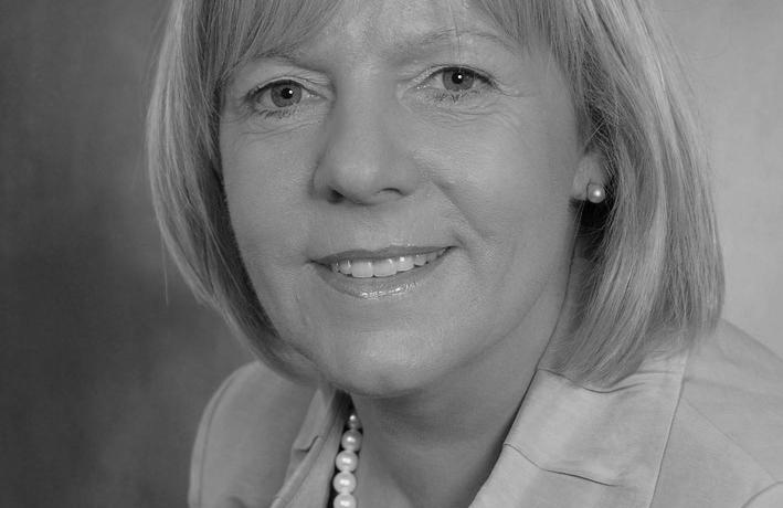 """Themenreihe """"Wie Frauen Karriere machen"""" - Im Interview Heidi Holzhauser, Leiterin des Stabes BCA Kompetenzzentrum Chancengleichheit am Arbeitsmarkt der Arbeitsagentur"""