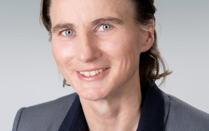 """Themenreihe """"Wie Frauen Karriere machen"""" - Im Interview Dagmar Zippel, Leiterin Recruiting bei Accenture"""