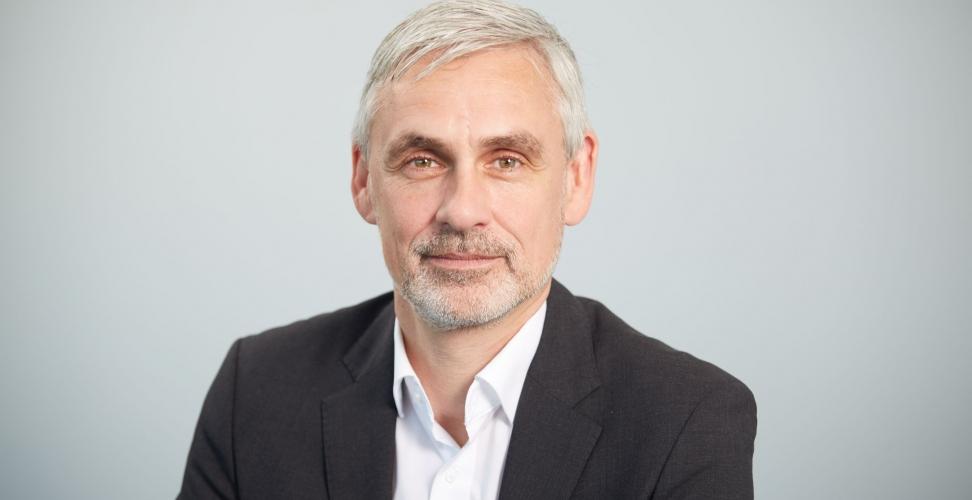 """Themenreihe """"Wie Frauen Karriere machen"""" - Im Interview Dirk Bohsem, Leiter Marktmanagement beim Finanzdienstleister MLP"""